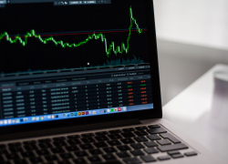 Обзор биржи Whaleclub – купить акции компаний за биткоин